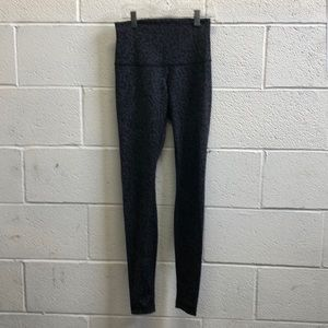 Lululemon black/gray pattern hi waist legging sz 4